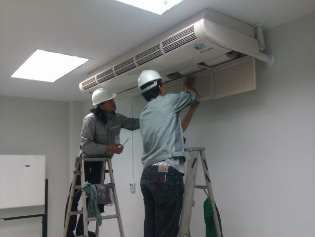 Sửa chữa máy lạnh quận 4 tận nơi giá rẻ tphcm