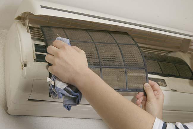 Dịch vụ vệ sinh bảo trì máy lạnh quận 9 tận nơi giá rẻ