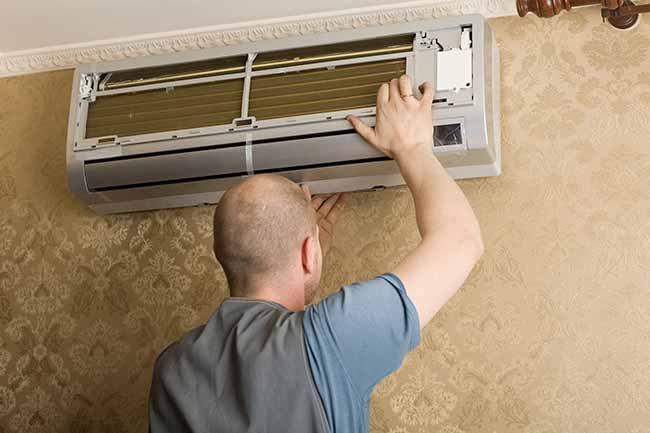 Dịch vụ vệ sinh bảo trì máy lạnh quận 10 tận nơi giá rẻ