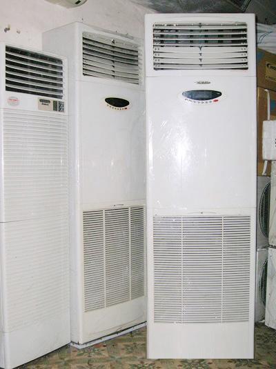 Máy lạnh cũ tủ đứng Reetech 5hp—Giá: 17.000.000